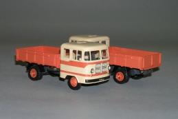Автомобили на грузовых шасси производства СССР